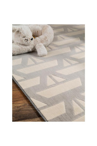 Kusový koberec Juno 5858 sivý